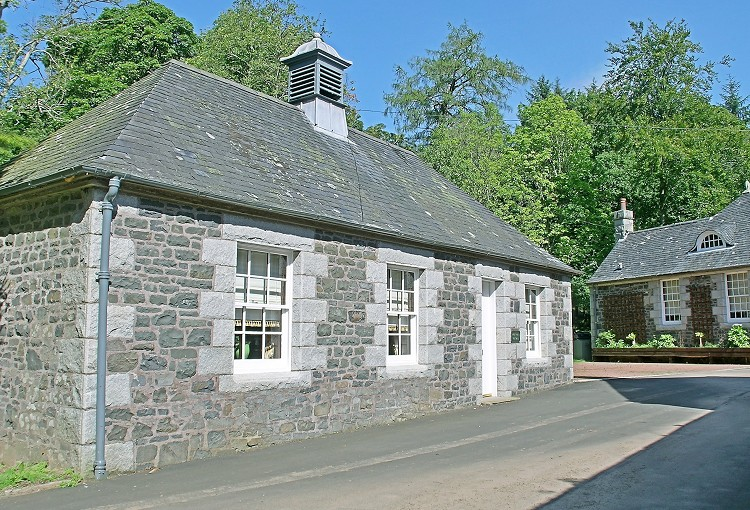 Cloncaird Castle Cottages