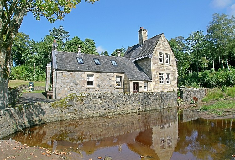 Luxury Holiday Cottages Scotland